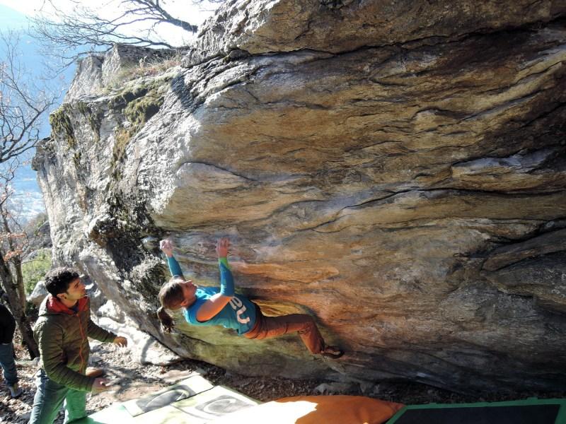 Alexandra Moser Bouldering in Switzerland