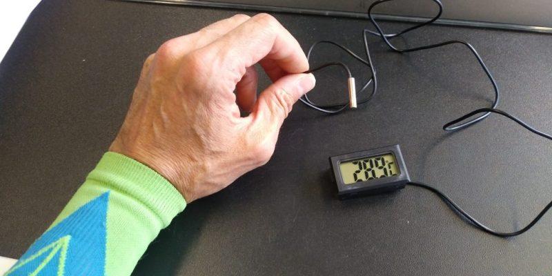 Measurement of the ambient temperature