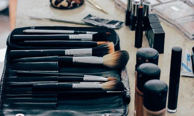 5 Life-Changing Makeup Tricks