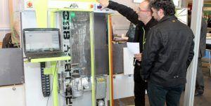 Vertimaq presenta Drillboy1000, un taladro cnc vertical para la fabricación de cocinas y gabinetes. Tecnología de punta, hecha en España.