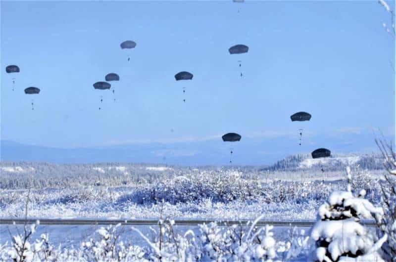 Десантирование военнослужащих армии США