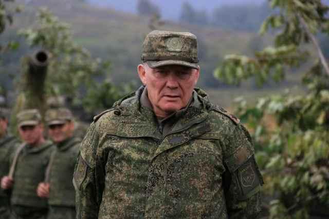 командующий-войсками-ЮВО-в-горах-Северной-Осетии