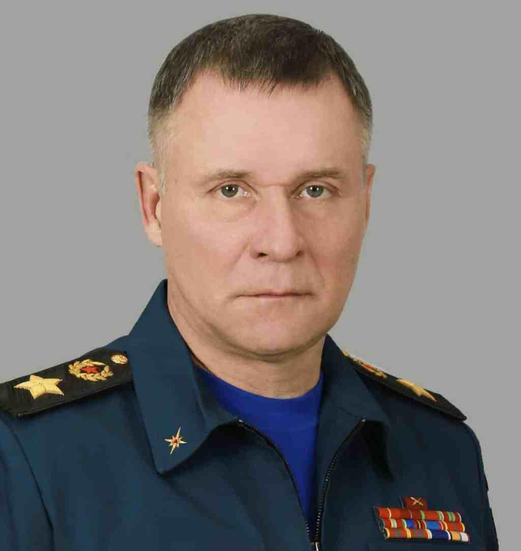 Глава МЧС России Евгений Зиничев
