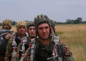 военнослужащие соединения спецназа ЮВО