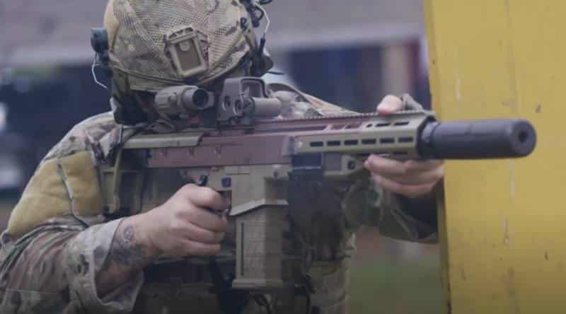 канадская штурмовая винтовка