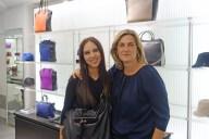 La diseñadora Alicia Rueda con la blogera Mónica Deprit