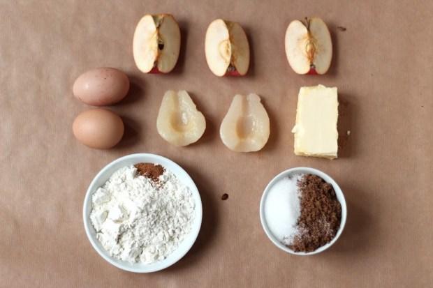 ingrédients pour cake épicé pommes et poire