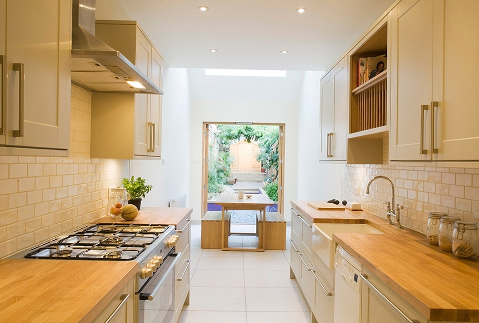 Small Narrow Kitchen Designs