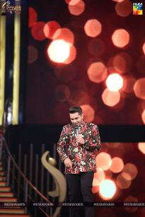 asim azhar hum awards 2017 performance
