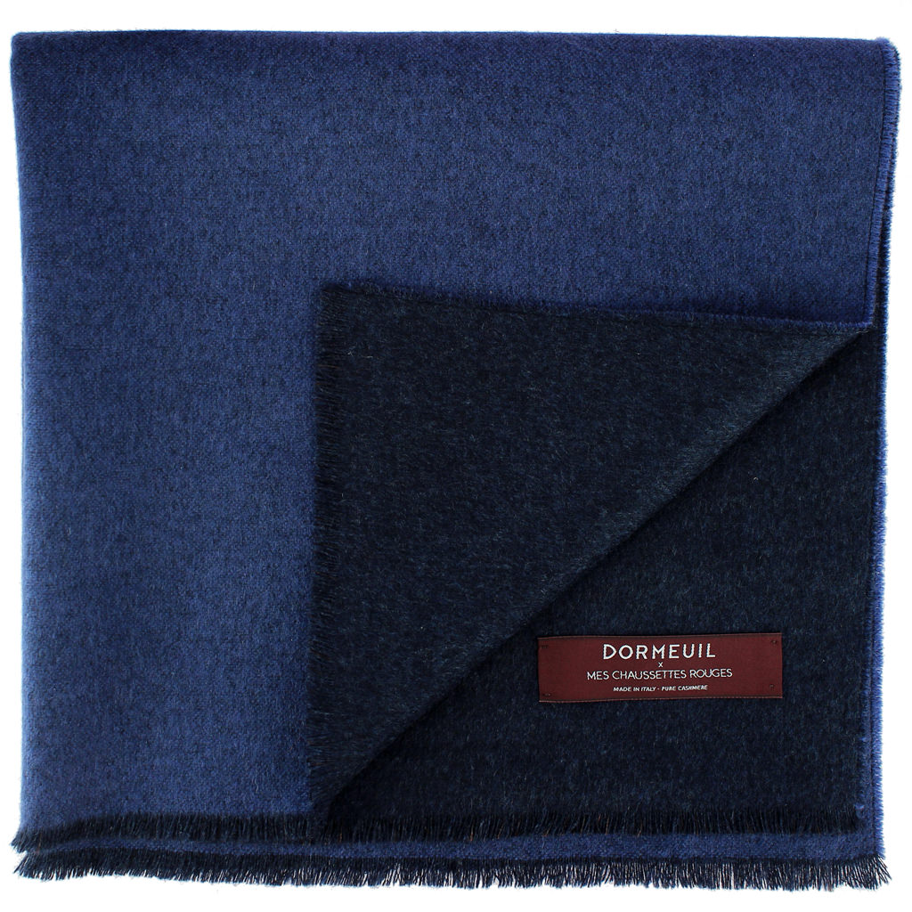dormeuil-et-mes-chaussettes-rouges-bleu-bleu-marine
