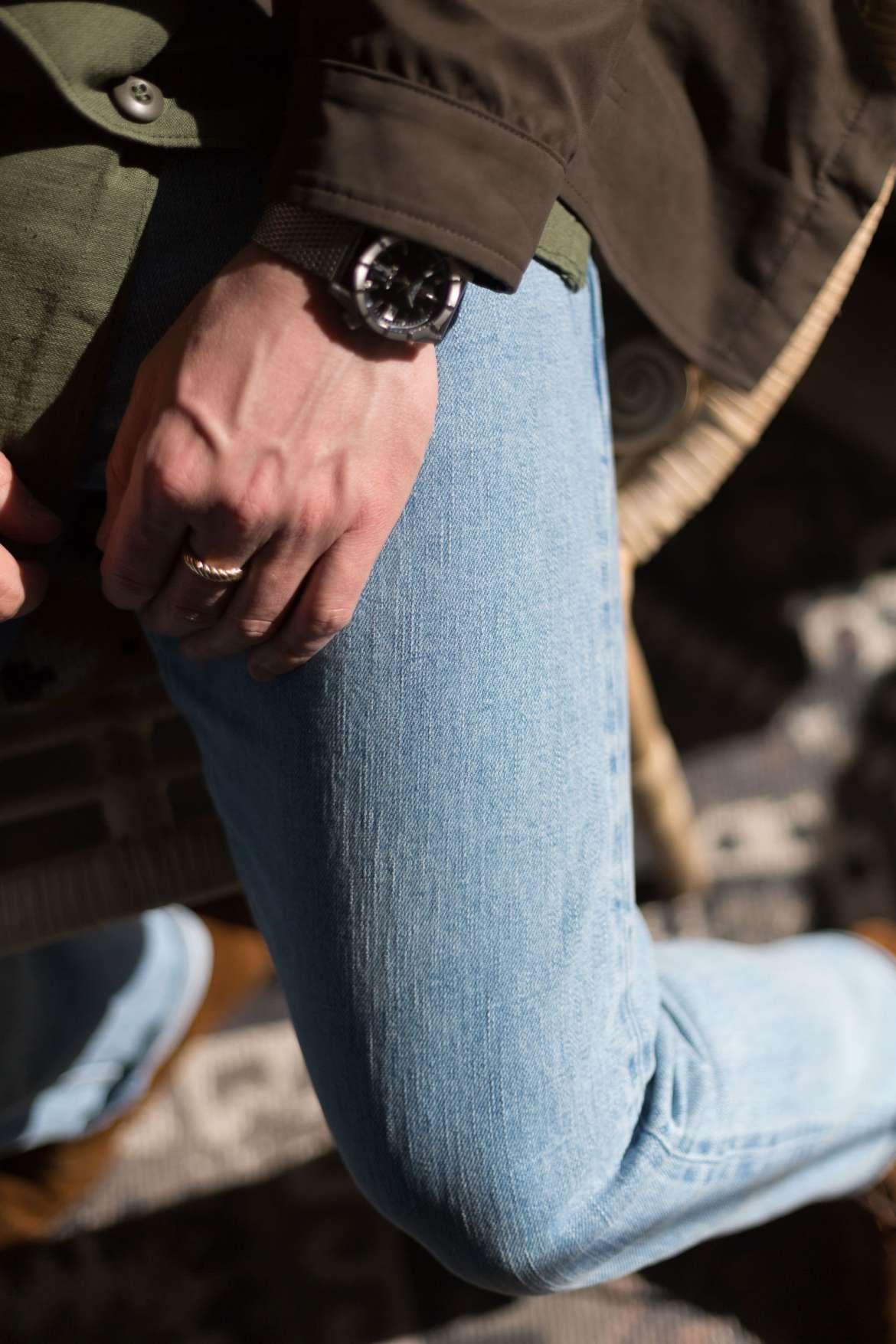 texture jean selvedge asphalte bleached