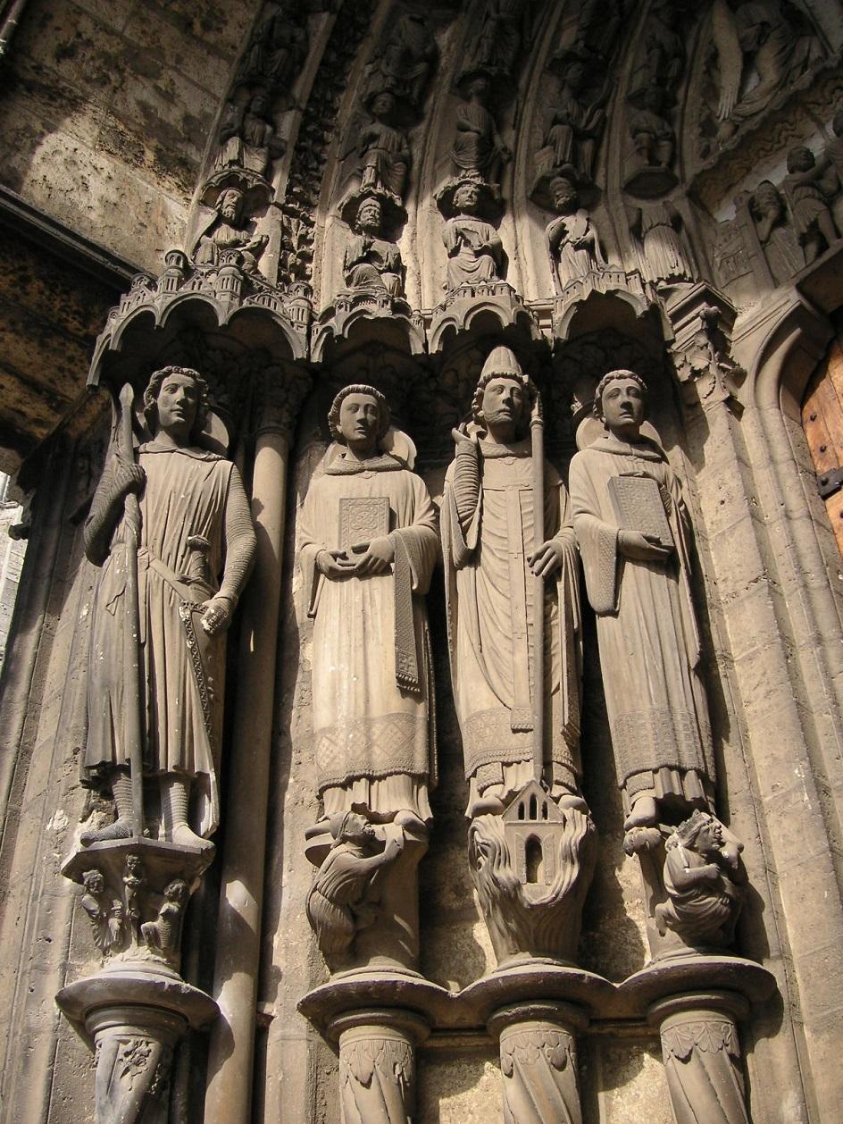Escultura. Esculturas do Portal Sul da Catedral de Chartres, do século XIII
