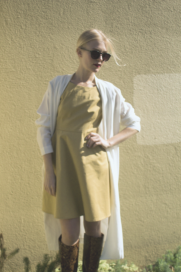 robe-moutarde-atelier-b-very-joelle-paquette