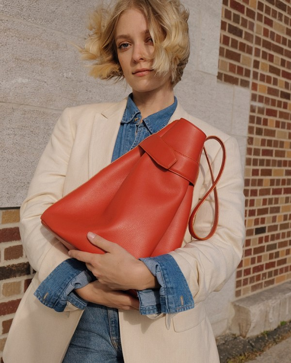 Close up of Navona bag by sustainable leather handbag company Wearshop