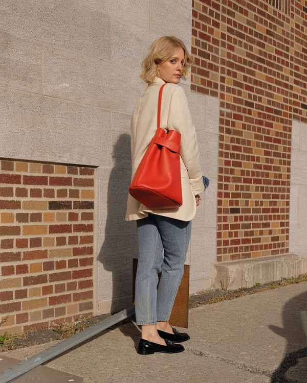 Navona bag by sustainable leather handbag company Wearshop