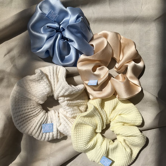 Scrunchies set by Aleur