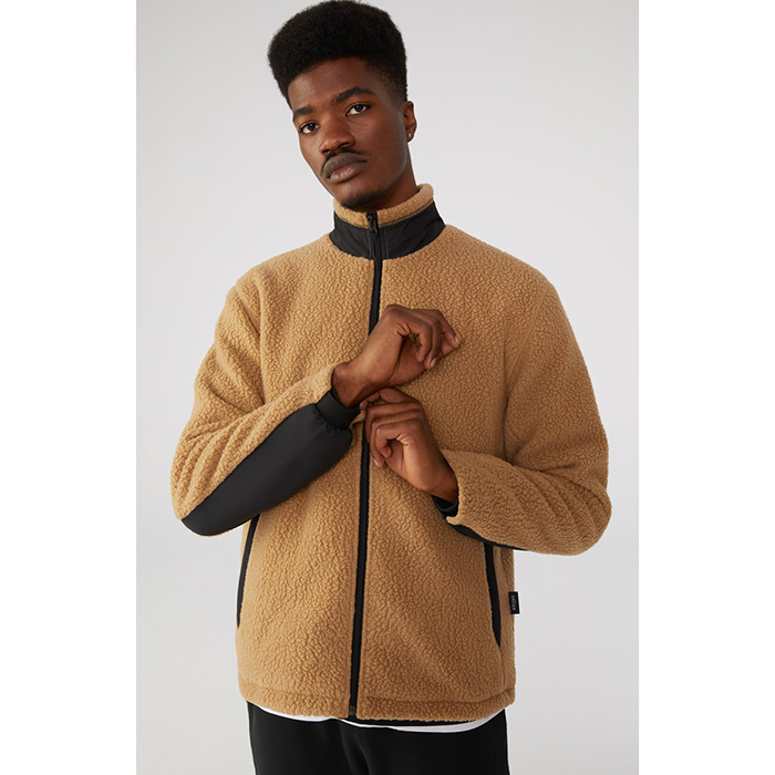 Jacket made with recycled polyester by Vallier