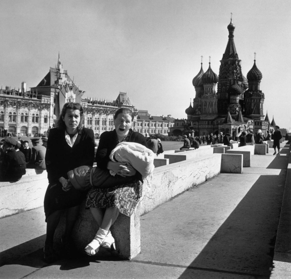 Kızıl Meydan, 1947.Fotoğraf: Robert Capa © Magnum Photos