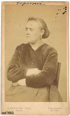 Paris'in Kadın Komünarları. Fotoğraf: Eugène Appert