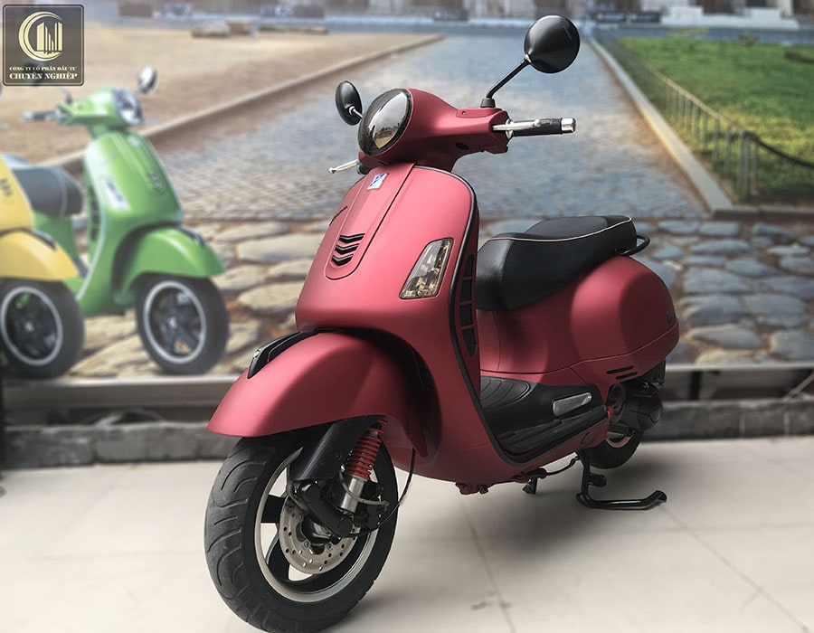 son-xe-vespa-gts-mau-do-man-4-min