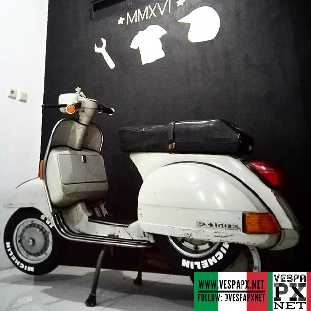 vespa classic px 150 e vespa px. Black Bedroom Furniture Sets. Home Design Ideas