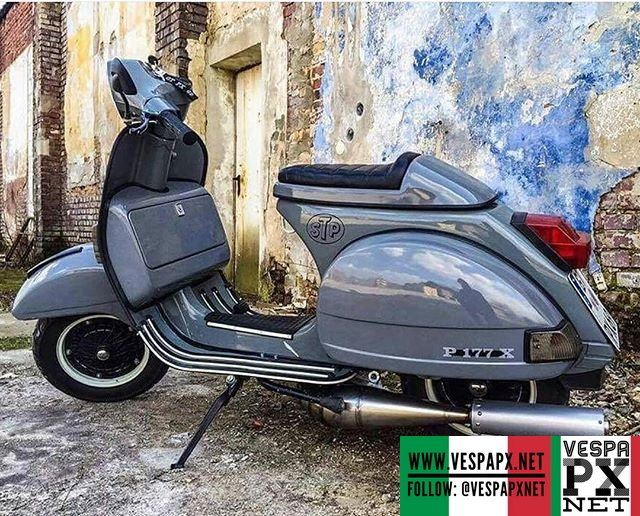 Custom grey vespa p177x racing style cafe racer for Vespa cafe racer