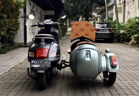 vespa gts sidecar -rear