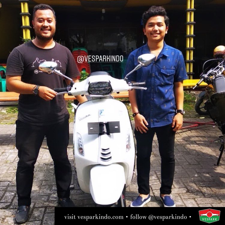 New Vespa Sprint LED ABS iGet, white with Sdr. Nursalam Alhafiz