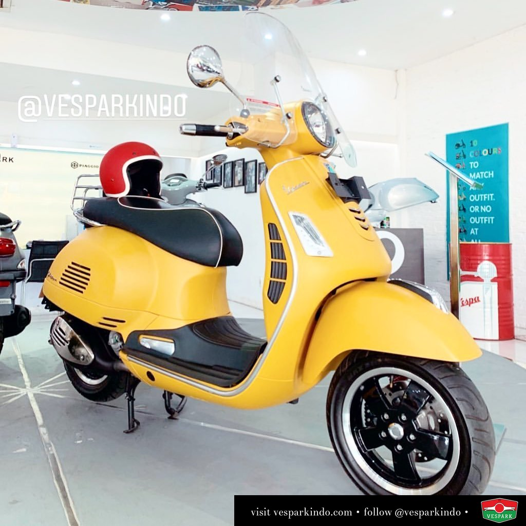 Vespa GTS 300, the ultimate GTS come and test ride at Vespark