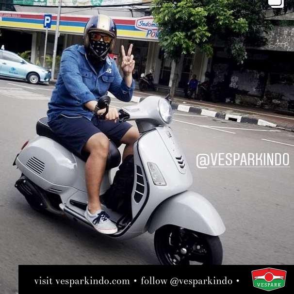 Vespa riding time with Vespa GTS @rama29andika