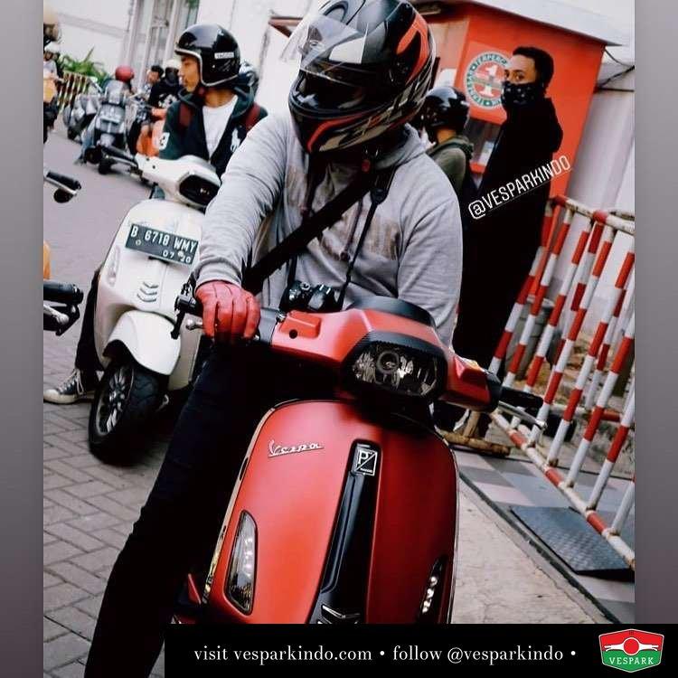 Ride with Vespa Sprint @fotoadit