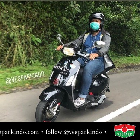 Vespa Sprint riding @rizkyritongaa_