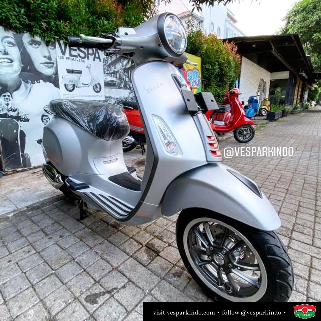 Matt silver Vespa Primavera limited edition now available at Vespark Book yours before sold out