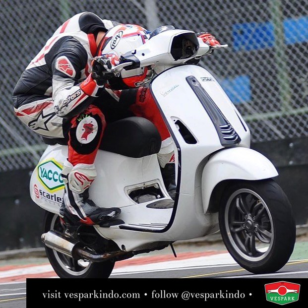 Racing Vespa Sprint @ezrakinanta