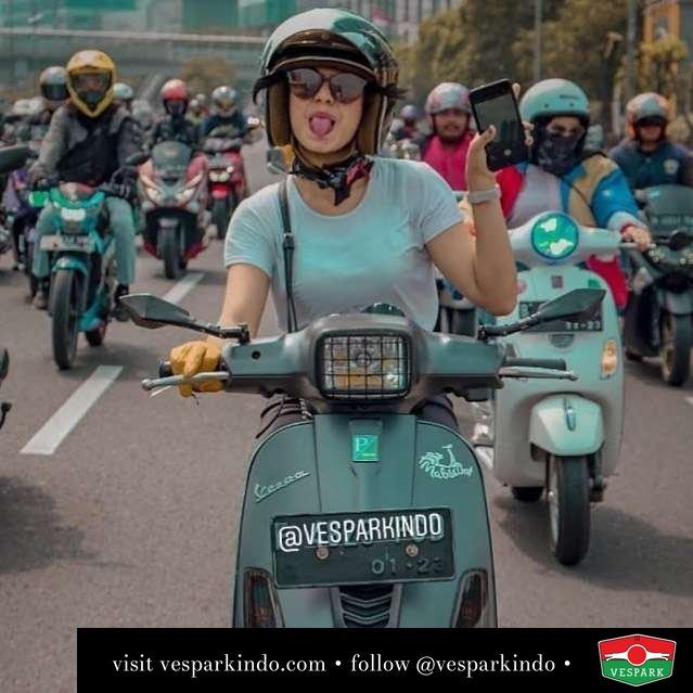 Vespa riding, Vespa S with Vespa girl @ayurachmah