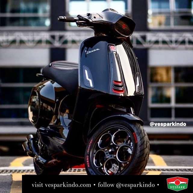 Black knight Vespa Sprint custom modified @wastegaragescooters