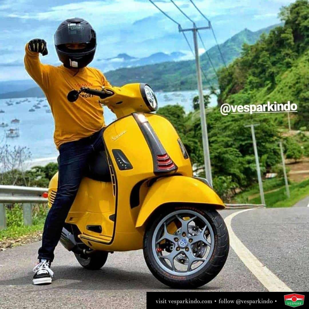 Ride Vespa GTS @anugrahalatiif