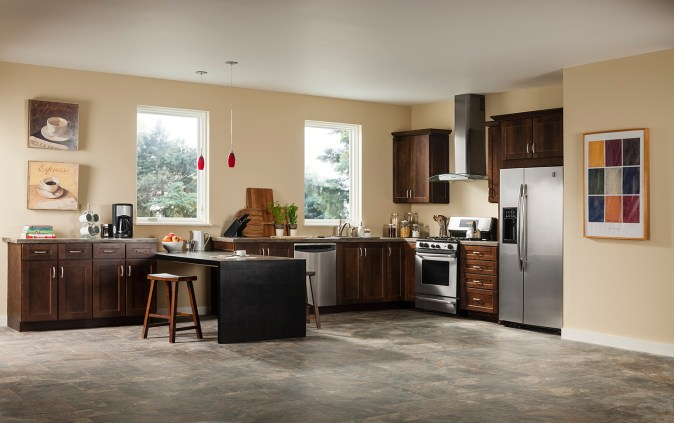 A basic builder grade kitchen seen in new home builds and basic renovations.