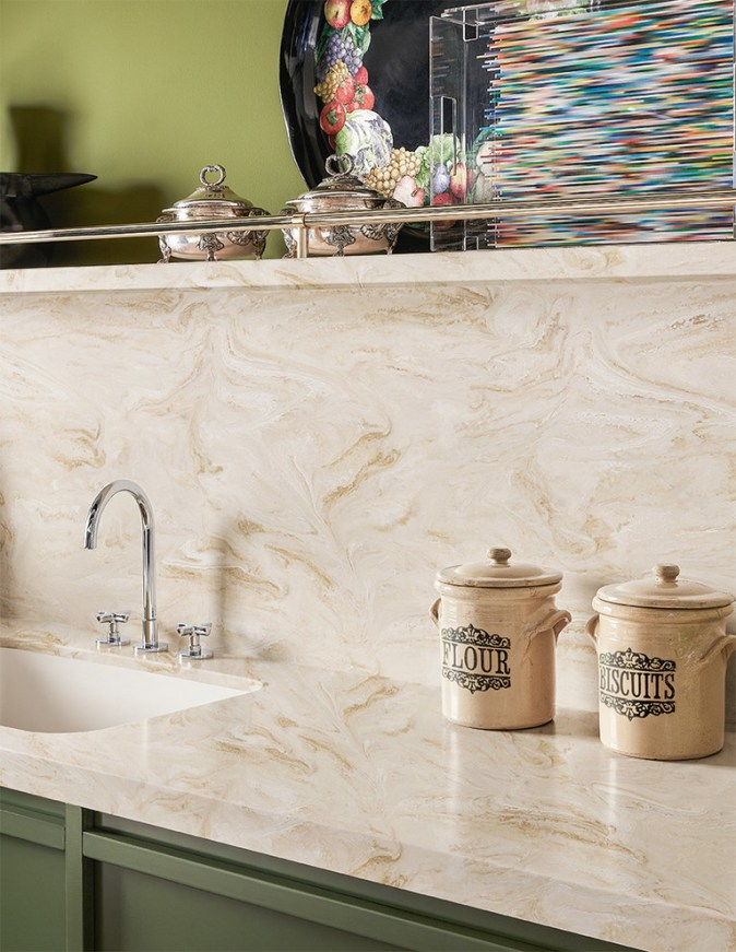 backsplash and counter in corian product