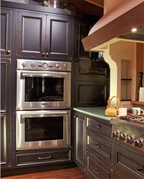 double ovens and drop off counter