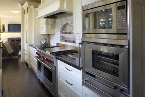 Appliances in cooking zone