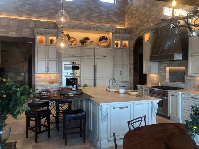 Modern Tuscan Kitchen