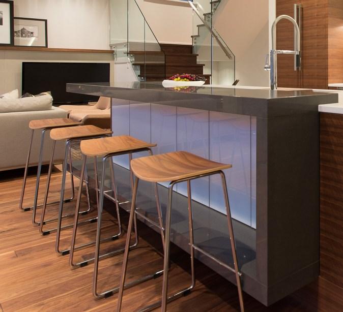 quartz dining bar