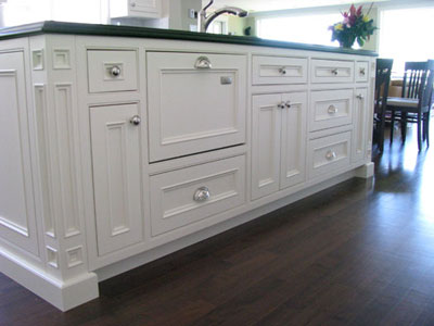 White island in inset cabinets