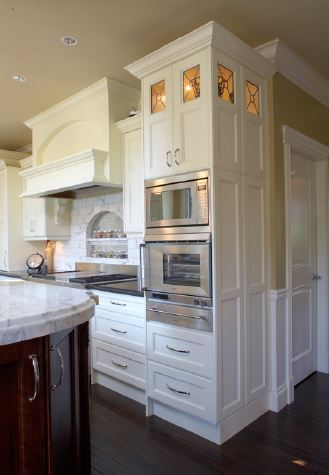 white kitchen with cooking zone