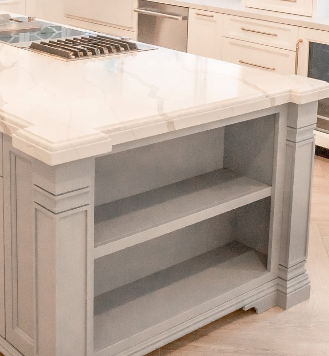 shallow base open shelf with decorative posts