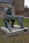 Vestdijk standbeeld in Doorn