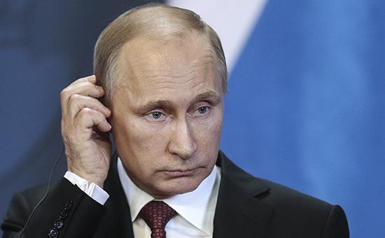 Санитарка пожаловалась Путину на зарплату в $ 1600
