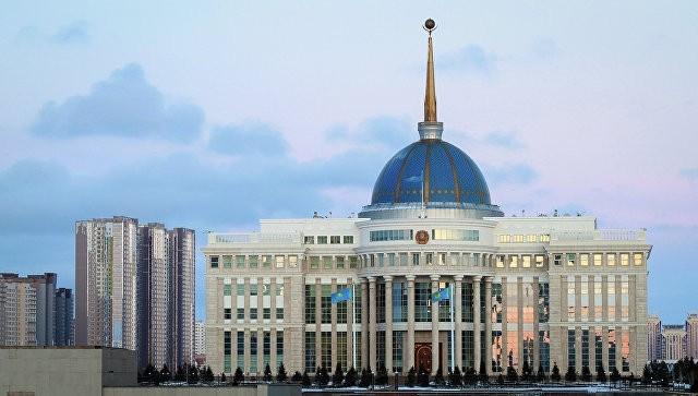 Казахским чиновникам запретили шиковать