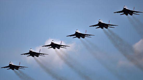 Узбекистан участвует в учениях военной авиации СНГ